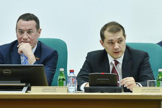 ТАИФ подписала соглашение с Siemens о строительстве парогазовой установки на «Казаньоргсинтез». Соглашение подписал директор КОС Фарид Минигулов (слева), на церемонии присутствовал и гендиректор ТАИФ Руслан Шигабутдинов (справа)