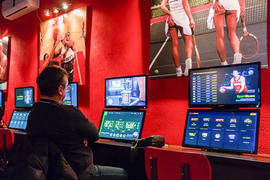 Игровое казино челны онлайн покер на смартфон скачать