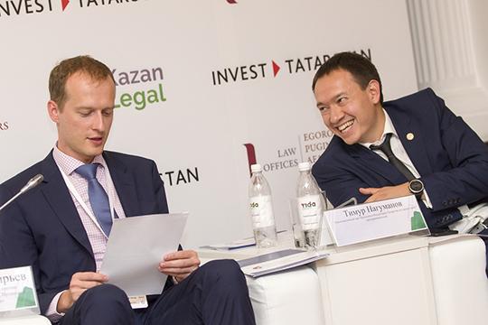 Тимур Нагуманов (справа) находится напятом местевнашем рейтинге, и в значительной степени это аванс новому руководителю нефтяной столицы РТ