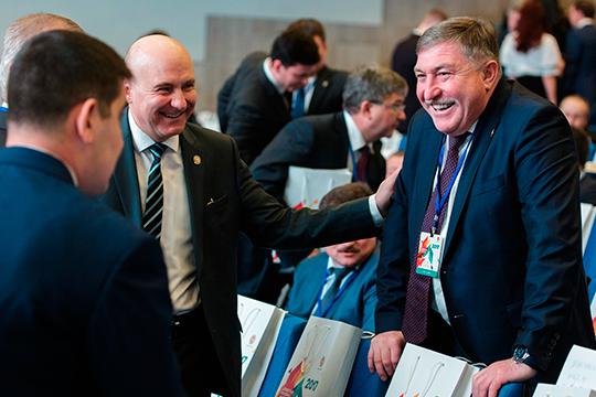 Вэтом годуРягату Хусаинову (справа)удалось отрезать вполне симпатичный кусочек отпирога под названием ОЭЗ «АлмА» ипроизводство газовых баллоноввЛениногорске