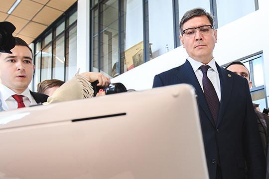 Первым руководителем филиала стал тогдашний гендиректор «Телесета» Роман Шайхутдинов
