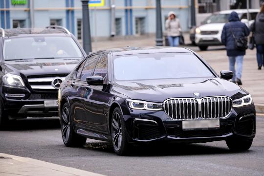 Татарстанские ценители дорогих автомобилей не ощущают спада в экономике и общего падения доходов. Во всяком случае, регистрации новых люксовых авто в республике в 2019 году увеличились на 6,5%