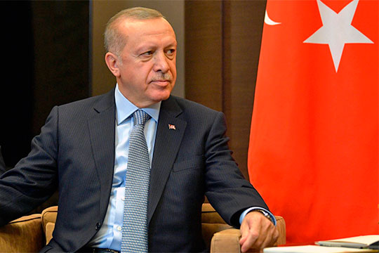 «Либо Россия будет вести дела сСирией, либо сТурцией»: Эрдоган вновь наконе