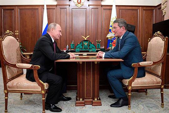 Сейчас Хамитову 64 года, а его сменщикуРадию Хабирову,которого вчера же Путин произвел во врио главы Башкортостана – 54