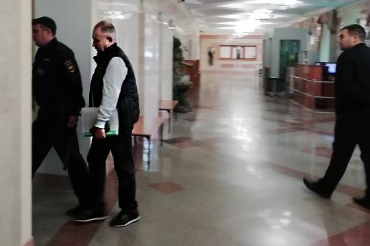 Сегодня вМосковском суде Казани завершились прения поделу владельца строительной фирмы «Свей»Рашида Аитова