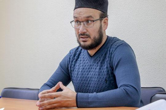 Динар Садыков