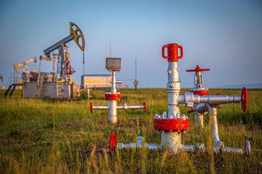 «Вчера, 13ноября курс нефти марки Brent упал доапрельского уровня, пробив психологическую отметку в$67 забаррель»