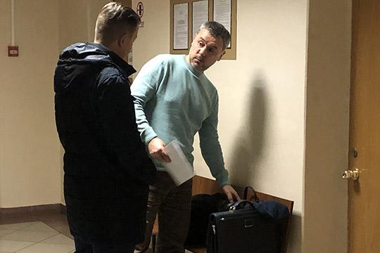 Долгожданным для общественности был допрос вВахитовском райсуде Казани экс-главы ГИСУ РТРашида Нуруллина