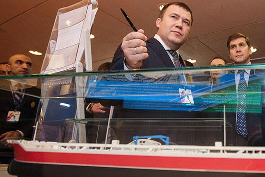 Черту под машиностроительной тематикой подведет гордость «АкБарс» Холдинга (АБХ)— Зеленодольский завод имГорького (13), выручка которого выросла в2,5 раза до32,1млрд рублей
