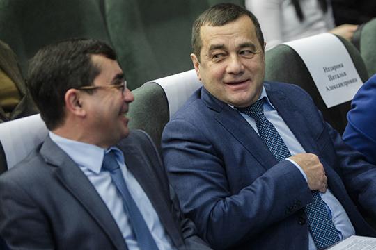 «Татэнергосбыт» —крупнейшая сбытовая компания республики, хотя Рифнур Сулейманов (справа) и жалуетсяпериодически накоммерческих конкурентов, которые норовят увести изТатарстана налоговую базу