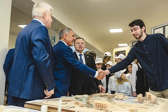 Встенах Казанского государственного архитектурного университета собралась коллегия минстрояРТ. Профильному вузу было чем похвастаться