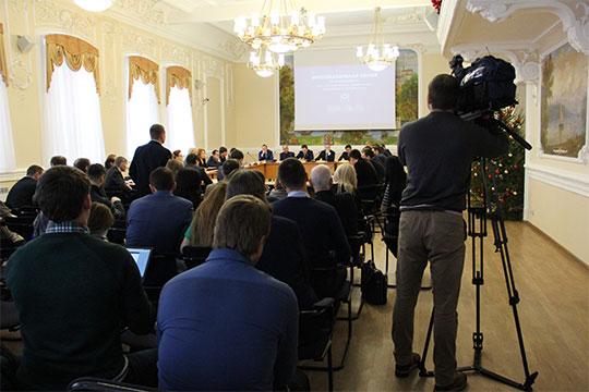 Информацию о том, что льготные кредиты в Фонде поддержки предпринимательства можно получить за откаты, получили оперативники УБЭП, курирующие нефтегазовую отрасль Татарстана