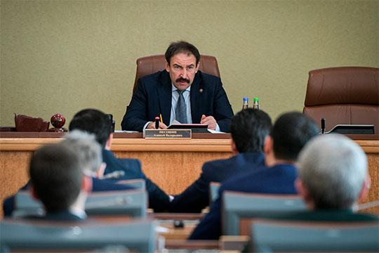 Сегодня в Кабмине состоялось рассмотрение заявок на размещение производств в ТОСЭР «Нижнекамск» и «Зеленодольск» с участием Алексея Песошина и Фарида Абдулганиева