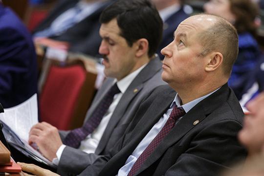 У Асгата Сафаровазаработки выросли впределах погрешности— до7,2млн рублей,декларацияШамиля Гафаровазапрошлый год тоже ничем неудивляет