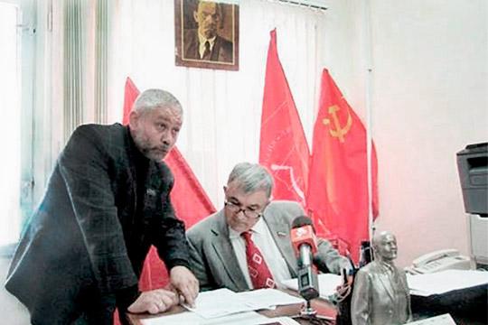 Раздвоение горкома: коммунисты Челнов делят пост первого секретаря