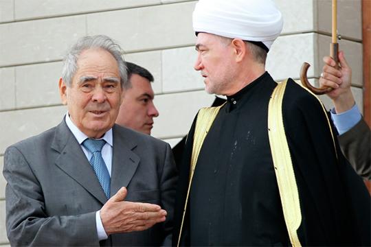 «Не жалею, что, создавая федеральную структуру религиозной организации, я не перевел в Казань. Все решается в центре, в Москве»