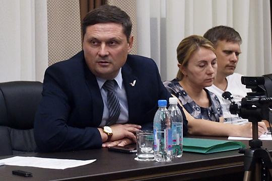 Олег Давыдовубежден, что есть поставщики площадок, которые ненесут ответственности, хотя подписывают гарантию на5 лет