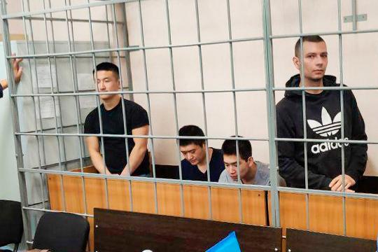 7 подсудимых, которых обвиняли в торговле наркотиками, получили чуть более 70 лет колонии строгого режима