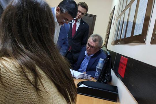 После заседания Касымов признался, что еслибы неуголовное дело имера пресечения, тоонснова баллотировалсябы вГоссовет