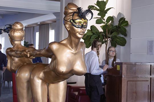 Месть официантки: челнинского ресторатора прижали за Faberge