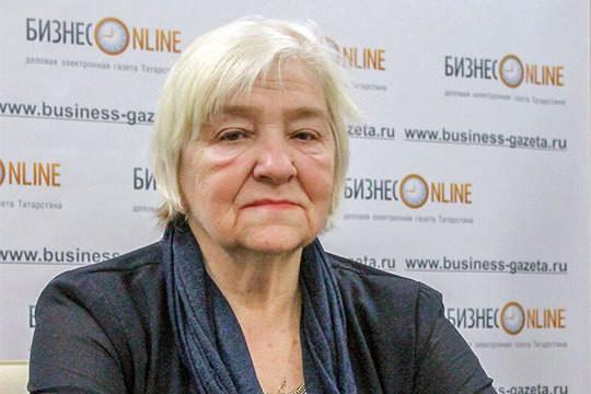 Людмила Блинова: «Дети должны учиться самостоятельности, самоконтролю, аесли его все время контролируют, оннеразвивает эти навыки нетолько вучебе, ноивобычной жизни»