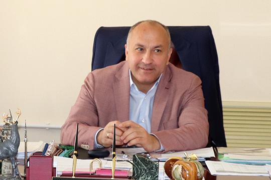 Источники во властных структурах называют Нуриева креатурой Марселя Шайдуллина — нынешнего главы Азнакаевского района