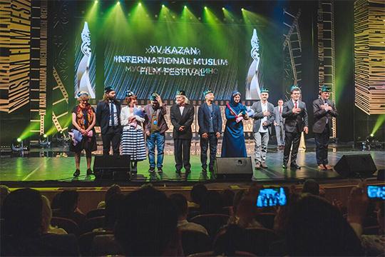 Ульяновское ООО «Коннект» (10) Заура Насирова этой весной выиграло контракт стоимостью 8,5 млн рублей на организацию мероприятий в рамках 15-го международного фестиваля мусульманского кино