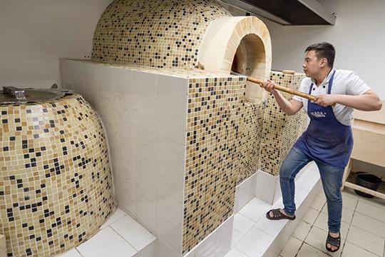«Вресторанном бизнесе нет мелочей. Чтобы нетерять аутентичность, нам нужен был шеф-повар, который является профи вузбекской кухне. Имыего нашли»