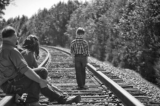 Переходя к разговору о том, что же сделал ребенок, спросите прямо: «Что, с твоей точки зрения, мы сделали не так? Как бы ты хотел, чтобы мы изменились?»