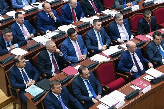 Участникам совещания подробно рассказали отом, куда движется татарстанский рынок нефти инефтехимии нафоне общероссийских имировых тенденций