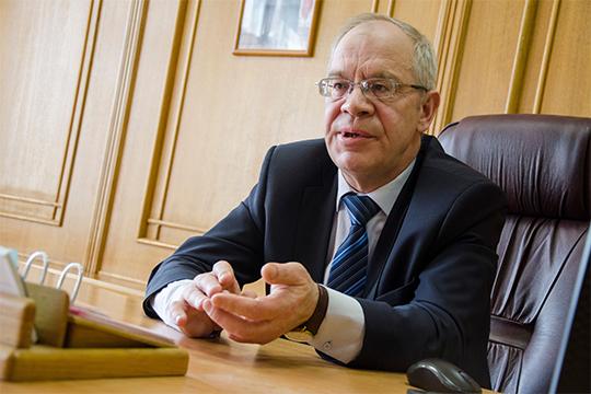 Также в нашем топ-50 присутствует Николай Базаров (27) — генеральный директор ООО «Елабужское предприятие укупорочных и пластмассовых изделий»