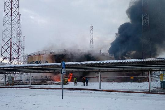 4 декабря в 10.28 в ЦУКС ГУ МЧС России по РТ поступило сообщение о пожаре на нефтеперекачивающей станции Калейкино в Альметьевском районе.Пожару был присвоен ранг №3