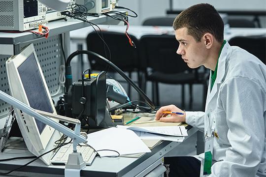 Медведев подписал: челнинскому ТОСЭРу разрешили клевать позернышку