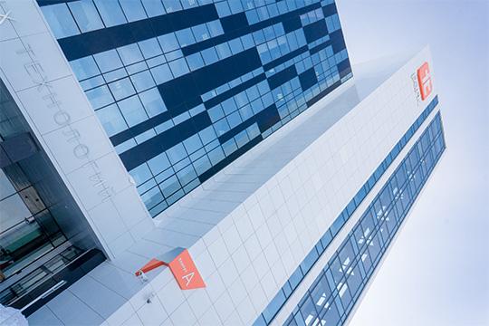 Правительство пошло навстречу Челнам, добавив врегламент ТОСЭРов ОКВЭДы IT-компаний. Эта норма побольшому счету только Челнов икасается, поскольку вТатарстане только этот город имеет всвоих границах иТОСЭР, ифилиал казанского IT-парка