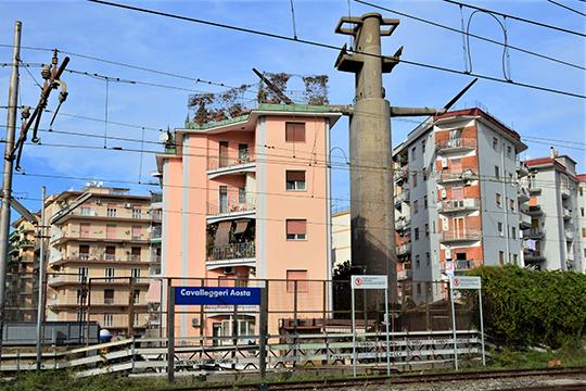 Социальное жилье в Каваллиджерри Аоста построено вплотную друг к другу
