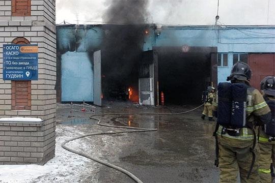 В декабре 2018 года в результате возгорания полностью уничтожен новенький газовый автобус марки «НЕФАЗ». В суде стороны спорят о причинах возгорания