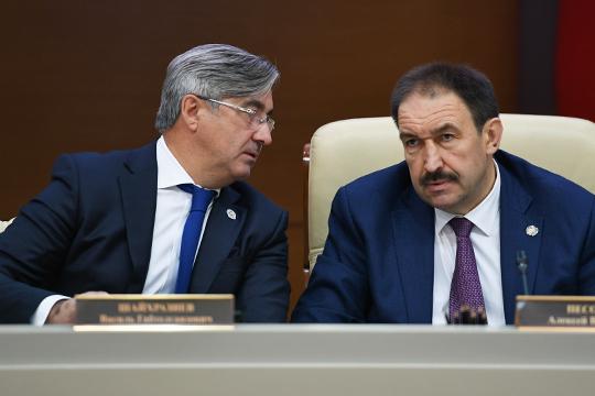 «Тут требуются уже серьезные финансы»: как в Татарстане идет «бумажная татаризация»