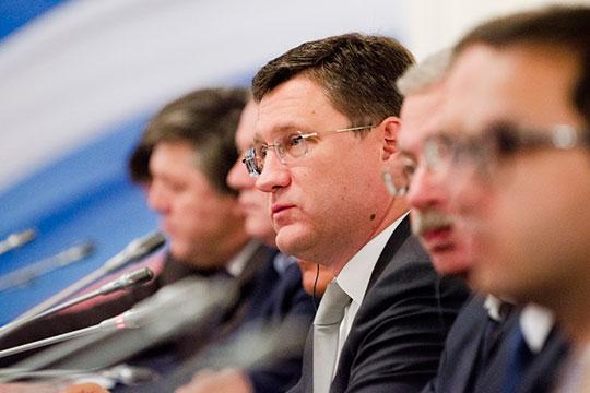 Ситуация с коронавирусом может повлиять и на спрос на нефть, заявил министр энергетики РФ Александр Новак