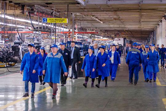 На челнинском КАМАЗе заявили, что здесь могут возникнуть риски снижения производственных планов