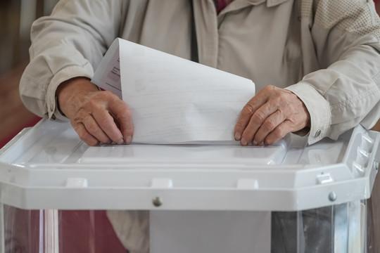 Власти Калужской и Тверской областей должны обеспечить на голосовании по поправкам в Конституцию явку в 70%, а сами поправки должны получить одобрение 90% участников голосования