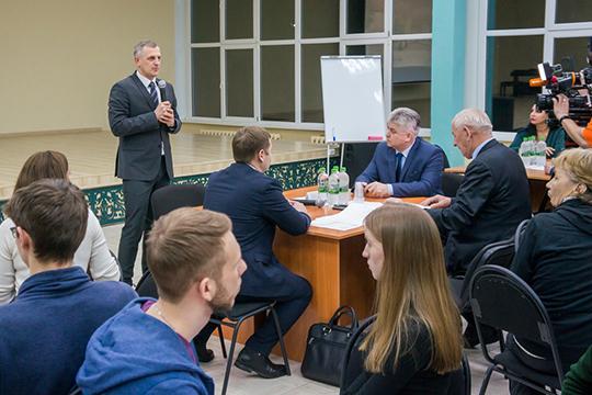 Завершая обсуждение, и. о. руководителя исполкома города Илья Зуев заявил, что концепция бульвара в целом понятна, но не все с ней согласны, поступило много замечаний, поэтому ее нужно доработать, сделав полноценный проект