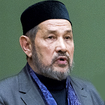 Гусман Исхаков — муфтий Татарстана (1998— 2011), имам мечети «Бишбалта»: