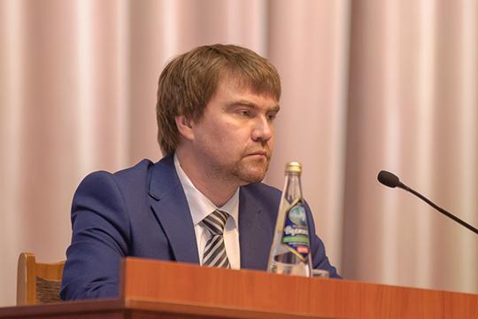 Александр Николаев: «Количество абортов ежегодно в городе снижается. В 2019 году оно составило 2620 случаев, что меньше на 4,4 процента по сравнению с 2018 годом»