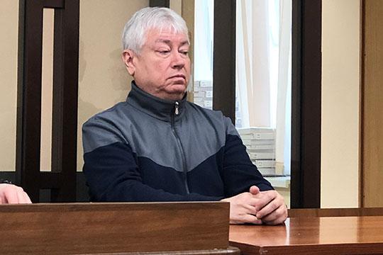 Спустя две недели перерыва бывший председатель правления Татфондбанка Роберт Мусин вернулся на скамью подсудимых