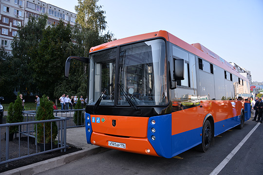 В Челнах все свелось к тому, что КАМАЗ просто продал автобусы по лизинговой схеме, а город в меру своих способностей просто их эксплуатировал. Результат — катастрофический