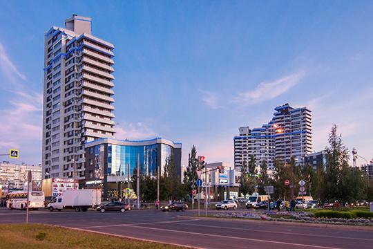 Расположен многофункциональный жилой комплекс в самом центре города, что обеспечивает к нему удобные подъездные пути