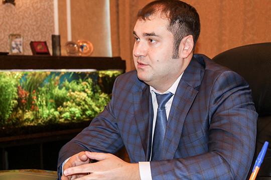 Гендиректор АО «Нэфис Косметикс» Рустем Нуреев сообщил, что заинтересован в проекте прежде всего для привлечения работников на предприятие