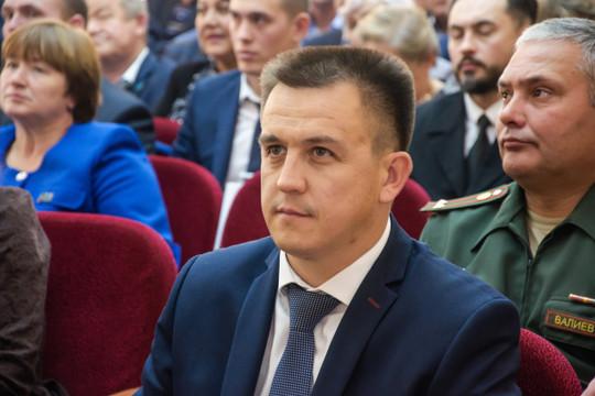 Ленар Авзалов: «Мы использовали средства, которые пришли из республики, из фонда оплаты за негативное воздействие на окружающую среду. Районных ассигнований не было»