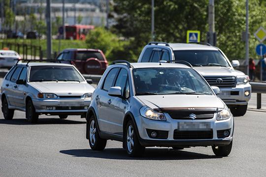 «В России примерно 300 тысяч автомобилей ежегодно становятся «вечными». В силу погодных условий и эксплуатации, маркировка всегда берет на себя удар от непогоды и с годами ржавеет»