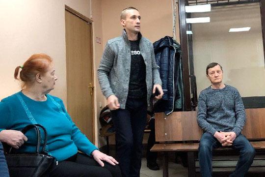 Анатолий Дербенев — единственный свидетель, который вчера пришел на допрос по уголовному делу экс-председателя правления Татфондбанка Роберта Мусина